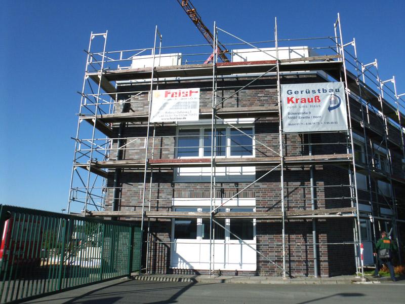 Neubau einer Produktionshalle und Aufstockung eines Bürogebäudes