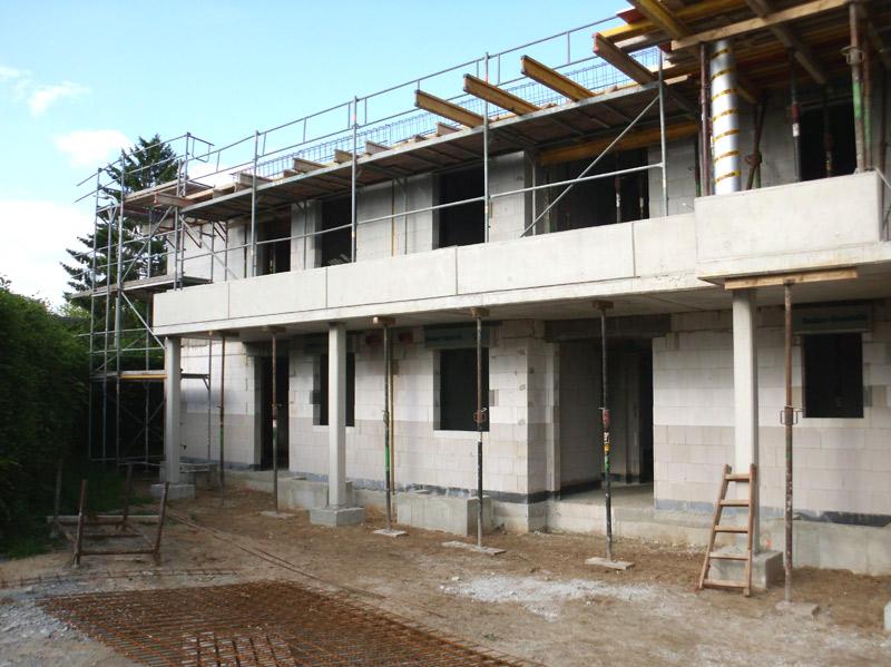 Neubau von zwei Wohnhäusern mit je 12 Wohneinheiten